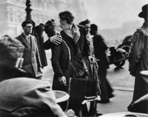 Le baiser de l'hôtel de ville (1950)